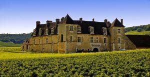Château de clos vougeot confréri des chevaliers du Tastevin