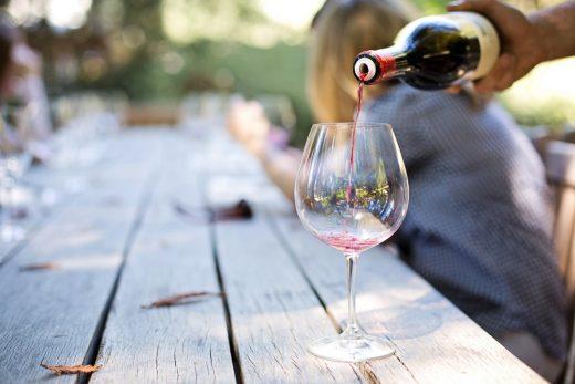 Verre de vin servi